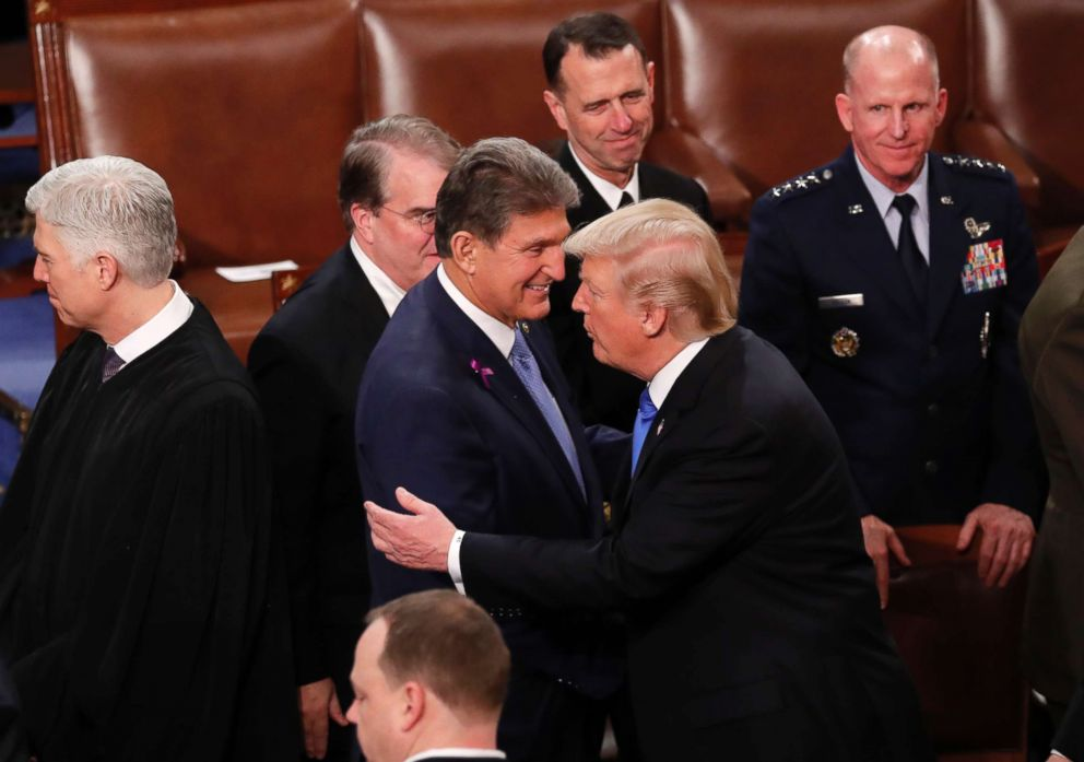 trump-manchin-rt-hb-180131_10x7_992